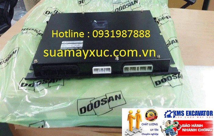 Hộp đen máy xúc Doosan Dx140WA bãi giá rẻ