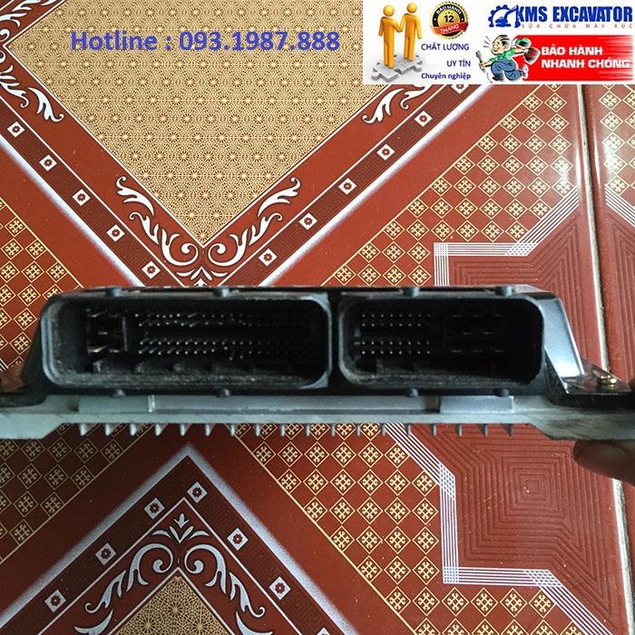 Hộp đen máy xúc komatsu PC400-8