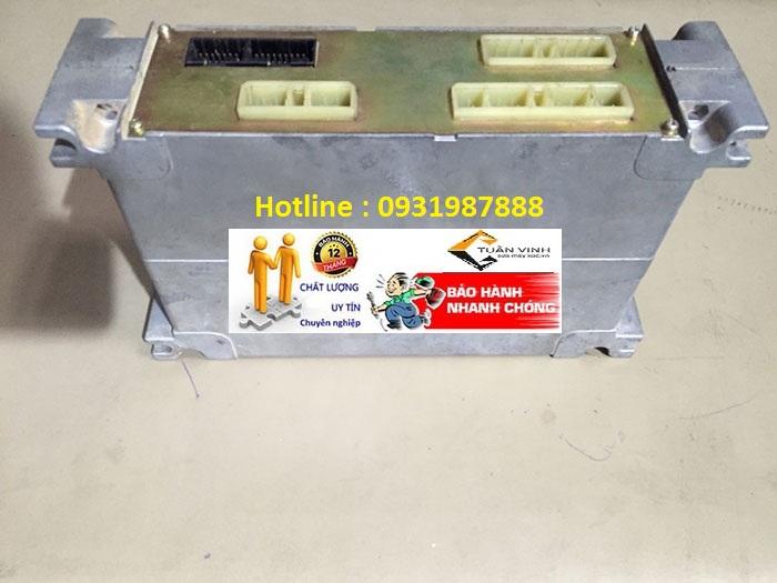 Hộp đen máy xúc Komatsu PC400-6 bãi