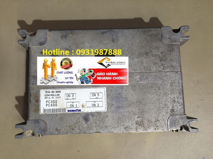 Hộp đen máy xúc Komatsu PC400-6 bãi chính hãng