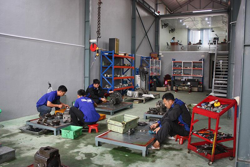 Xưởng sửa chữa máy công trình tuấn vinh đại đồng