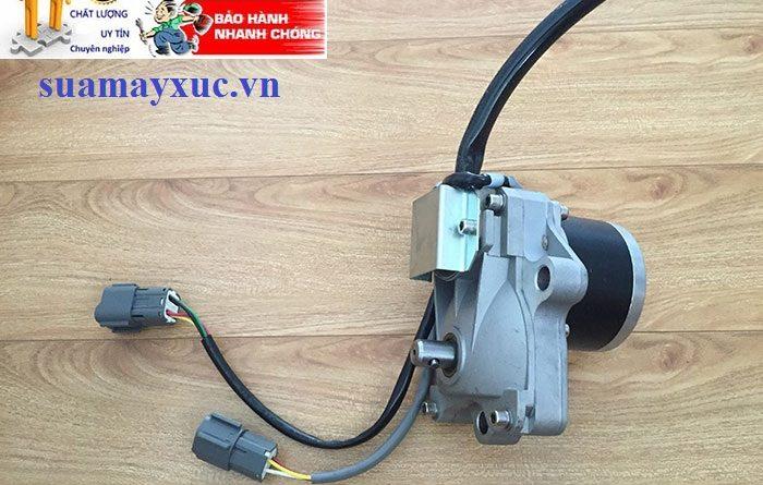 Mô tơ ga điện máy xúc komatsu PC200-6E